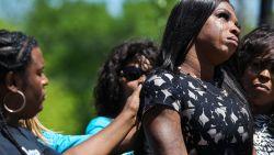 Transgendervrouw die vorige maand wereld rondging na brutale aanval, vermoord aangetroffen op straat