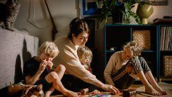 Hop, hop, hop, het huis staat op z'n kop: opruimcoach Tina Favache legt uit hoe je je kinderen leert opruimen