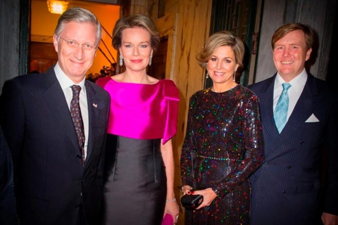 Koning Filip en koningin Mathilde van België brengen een bezoek aan Eindhoven.