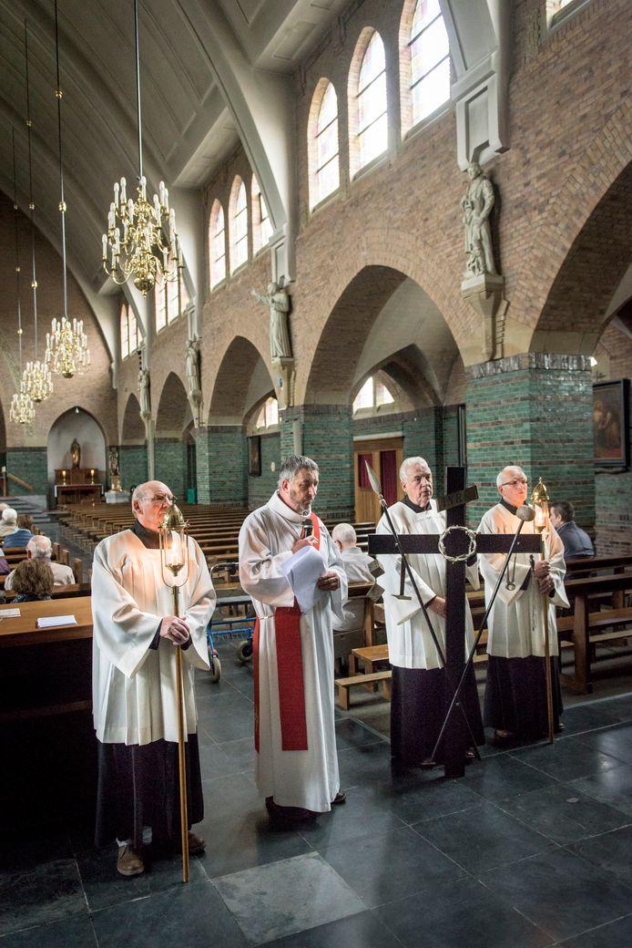 Kruisweg in de kerk van Boekel
