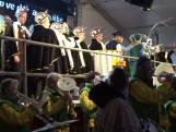 Feestvierders in Pikpot balen dat ze wagens niet kunnen tonen