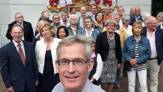 Aris Jan Hofker en zijn mede-leden van actiegroep 'Balij Windmolenvrij'