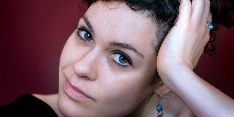 Nora Fischer: 'Ik kan niet anders dan mijn intuïtie volgen.' Beeld Mark Kohl