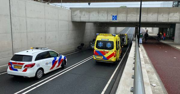 Gewonde bij kettingbotsing in tunnel Deventer Colmschate.