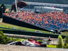 Ongekend: gehele top-3 crasht bij start GP3