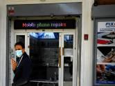 De plaatselijke kruidenier in Rome wint het van de grote supermarkt