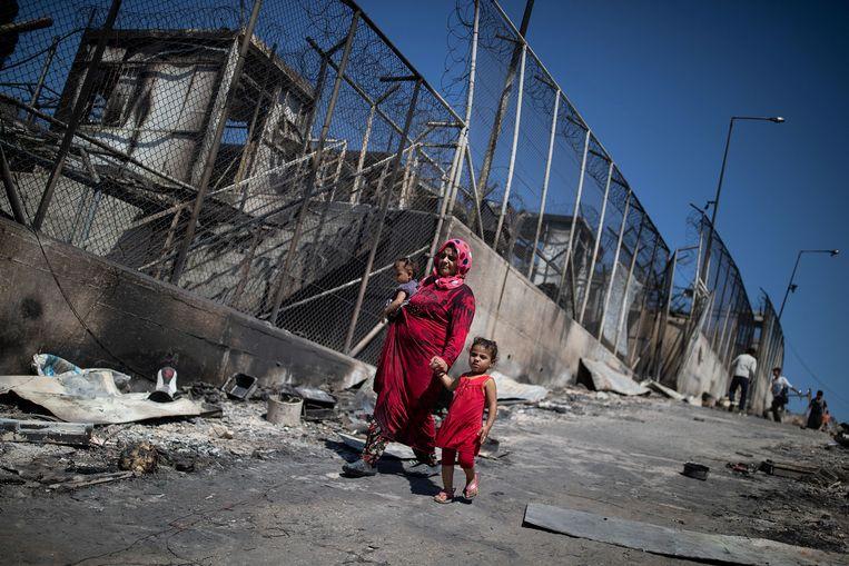 Het vluchtelingenkamp Moria op het Griekse eiland is door brand verwoest. Beeld Reuters