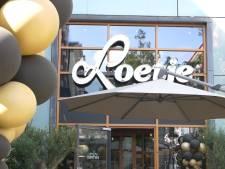 Loetje opent deuren in Haagse Bluf: 'Goed veel margarine erin, dat is het geheim'