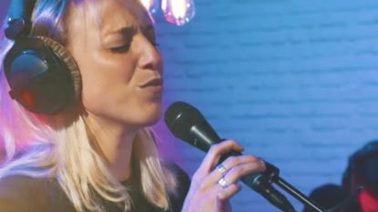 """Heidi Van Tielens (verborgen) verleden als dancezangeres: """"In de week op kot, in het weekend optreden in Spanje"""""""