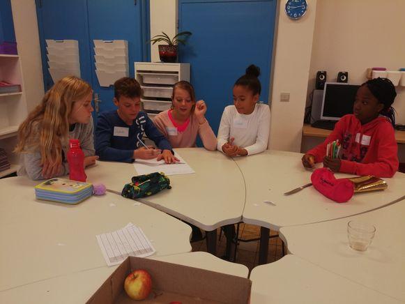 In de workshop 'Safer Internet' leerden ze dat ze heel voorzichtig moeten omgaan met de informatie die ze delen met anderen.