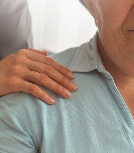 Een dementerende ouder die het niet meer begrijpt: zo ga je daarmee om