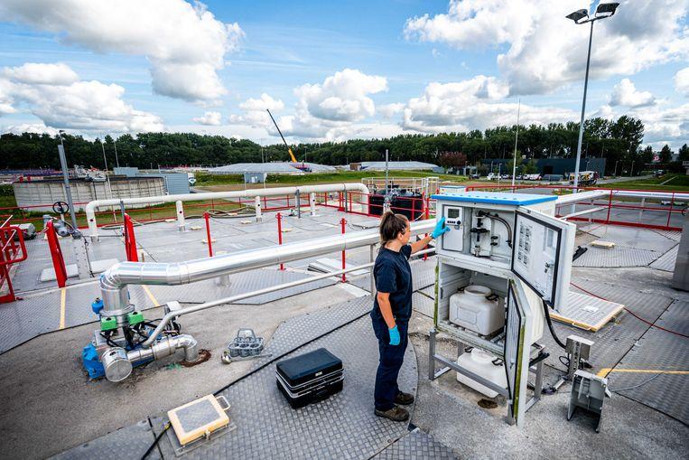 Per meetpunt wordt een keer per week water onderzocht dat in 24 uur is verzameld.