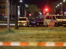 Buurt schrikt op van knallen aan Weidevogellaan, politie en speurhond onderzoeken 'schietpartij'