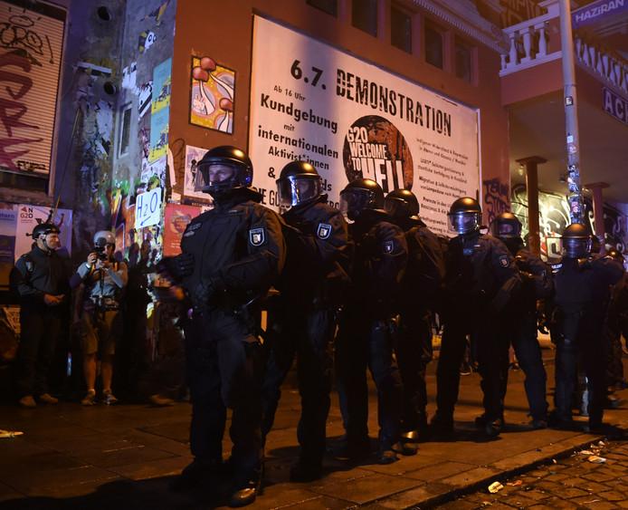 Agenten tijdens de G20-top in Hamburg