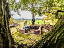 Nieuw leven voor Zwerverskerkhof in Weerselo: 'Niemand keek nog naar hen om, wij gelukkig wel'