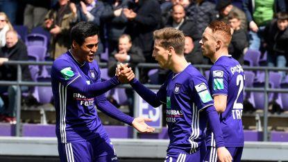 Football Talk. Anderlecht ontsnapt aan match achter gesloten deuren - BAS velt oordeel over racistische gezangen Club-fans