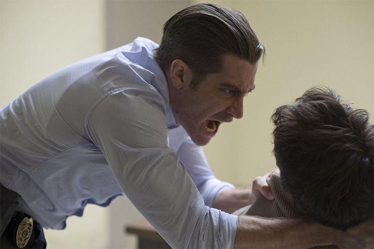 Jake Gyllenhaal speelt detective Loki die zwaar onder druk staat in een delicate zaak.
