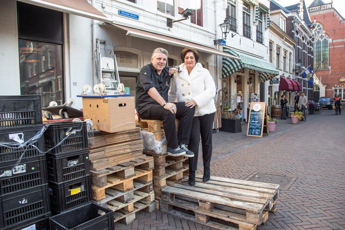 Jonnie en Thérèses 'Brass Boer Thuis' opent eind maart, begin april aan de Nieuwe Markt in Zwolle.