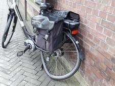 E-biker lichtgewond bij aanrijding met auto in Groesbeek