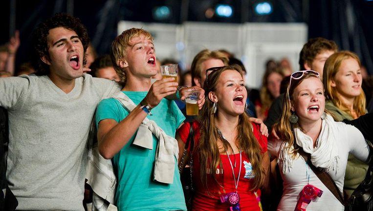 Aankomende studenten vieren feest tijdens de UIT-week in Utrecht. Beeld ANP