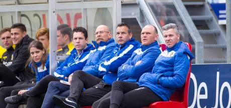 Linssen wordt assistent-trainer bij De Graafschap; Roelofsen verlengt