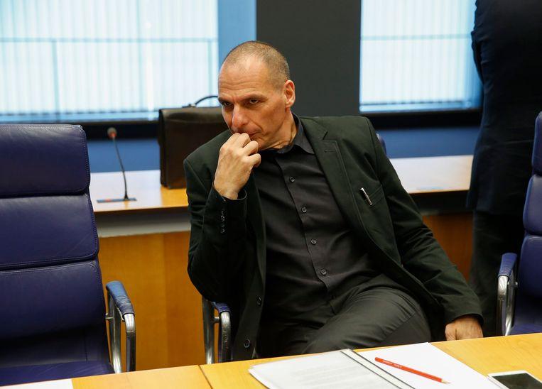 Varoufakis en een stoel.