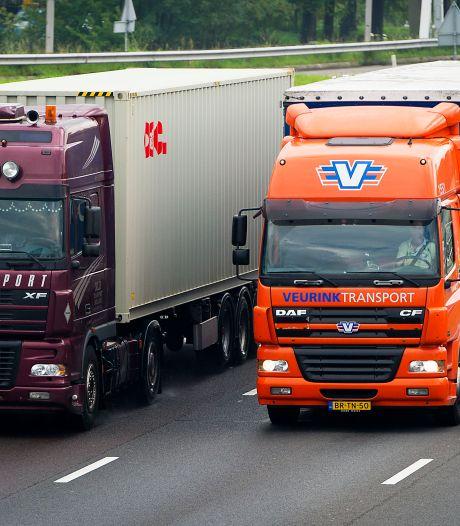 'Waarom geldt er niet dezelfde maximumsnelheid voor personenauto's én vrachtwagens?'