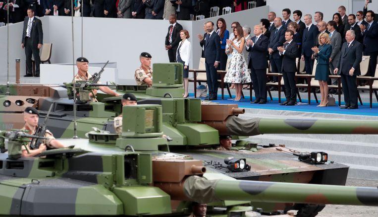 De militaire parade tijdens de Franse nationale feestdag in Parijs bracht Trump op een idee.