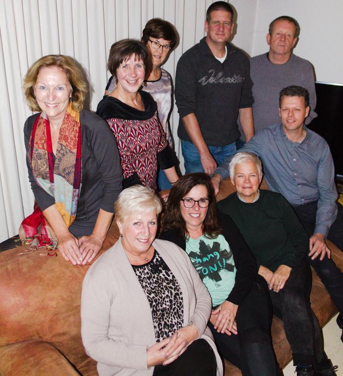 De Vrienden voor MS, met links Astrid Brust en rechtsboven mantelzorger Kees Maas.