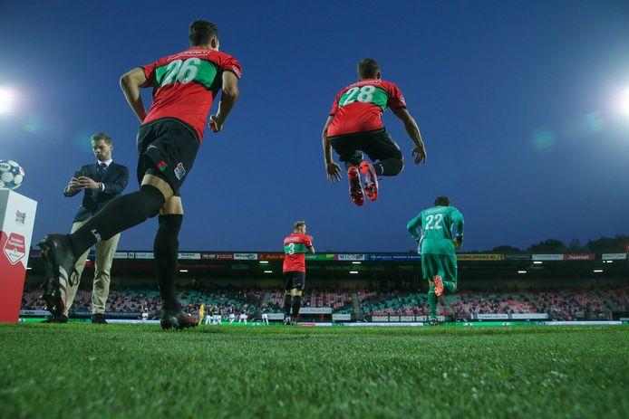 NEC komt in september met een handjevol publiek het veld op voor het duel met Almere City.