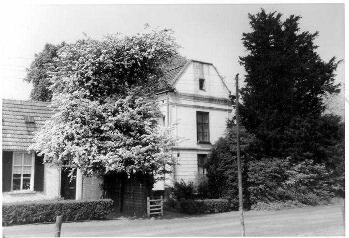 Huize De Pracht in Ekenrooi: de villa vervulde in de loop der tijd diverse functies.