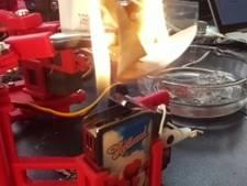 Robot verbrandt tweets van Donald Trump