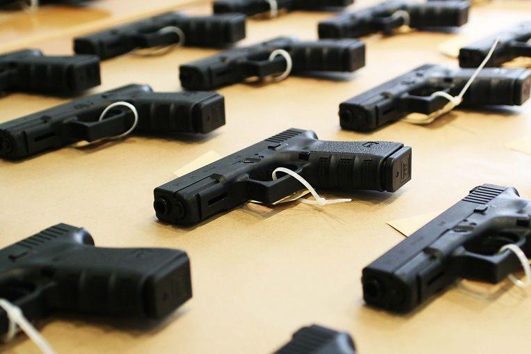 Dat hij beschikte over de 'zeer grote hoeveelheden wapens en munitie', moet S. op twee jaar cel komen te staan, vindt aanklager Van Leijen. Foto EPA Beeld