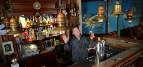 Uitbater Ron van gesloten café De Sok in Velp vraagt gemeente om nieuwe kans voor 'prachtige buurtkroeg sinds 1891'