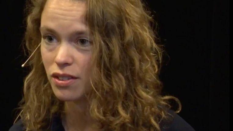 Nina Polak Beeld YouTube