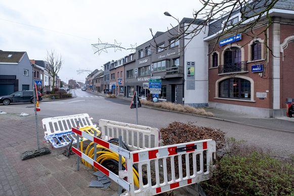 Het kruispunt van de Steenberghoekstraat - Hollebeekstraat -Molenbergstraat - Tuinwijk in Rumst.