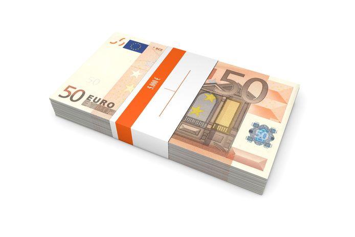 Bij Hutten Metaal Staalbouw krijgen nieuwe medewerkers 5000 euro.