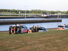 Arrestatie in haven Sambeek