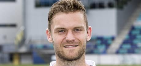 Dennis Kaars maakt zijn eerste doelpunt voor FC Den Bosch tegen Nooit Gedacht