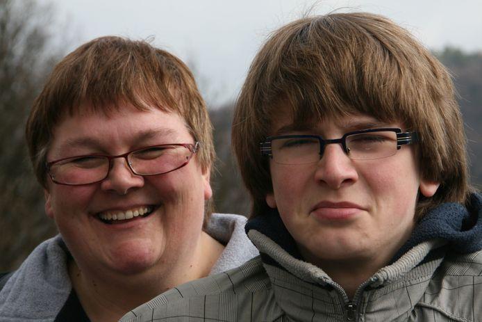 Hessel Keurhorst met zijn moeder.