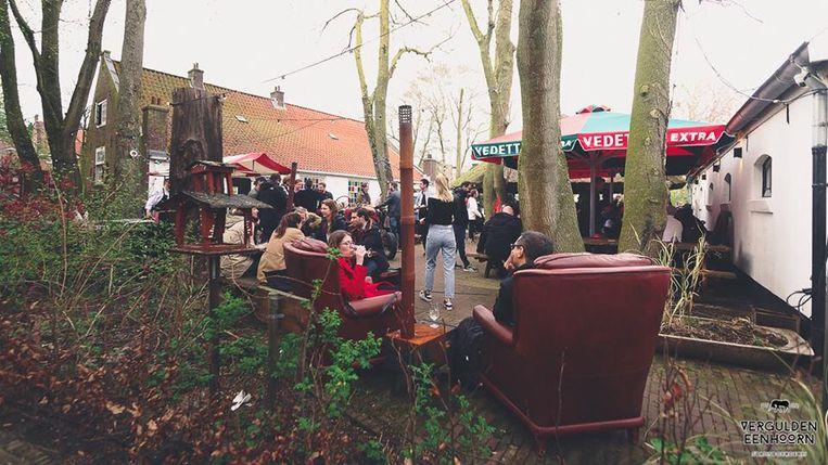 Bij de Vergulden Eenhoorn wordt de herfst met het Bockbier Fest goed gevierd. Beeld Chee Janssen