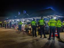 30 auto's in beslag genomen bij grote verkeerscontrole in Spankeren