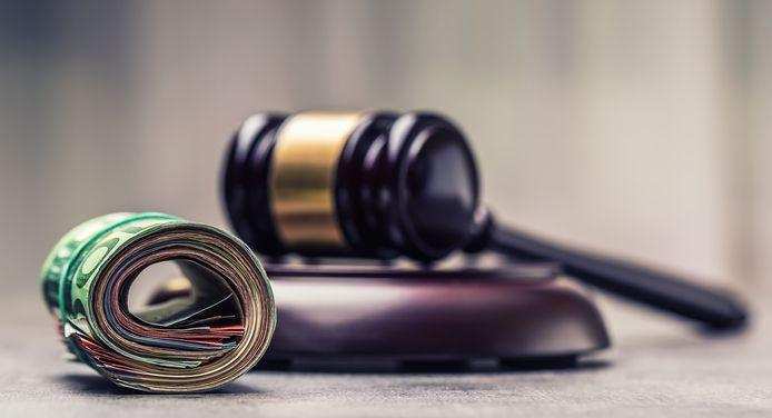 Apparaissant en 35e position sur 42 pays examinés, la Belgique figure dans le groupe des traînards pour la mise en œuvre complète de ces recommandations visant à prévenir la corruption chez les parlementaires, les juges et les procureurs, selon le rapport annuel de l'institution.
