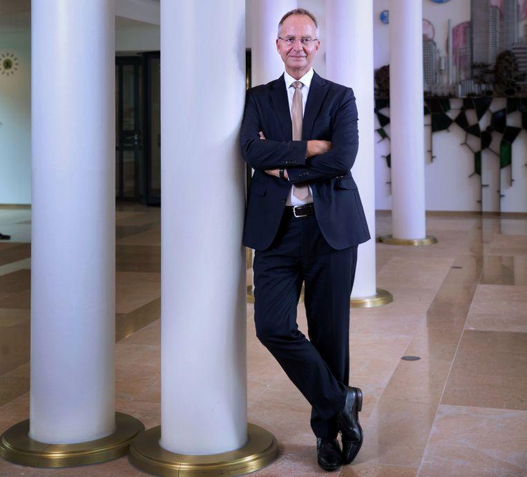 Henk Kamp, minister van economische zaken en landbouw.  Beeld Werry Crone