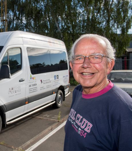 Chauffeur Jan: 'Eigenlijk zou elke gemeente zo'n busje moeten hebben'