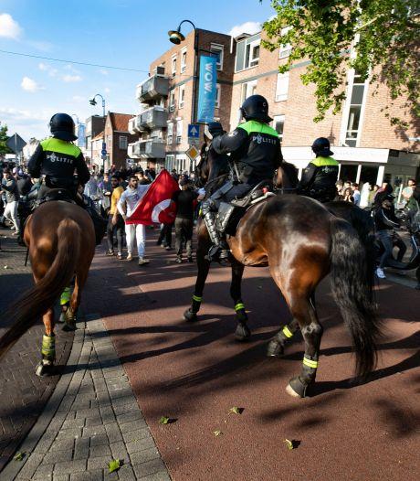 11 mensen veroordeeld na Pegida-rellen, belagers van agenten houden onschuld vol: 'Ik ben wel 25 keer door de politie geslagen'