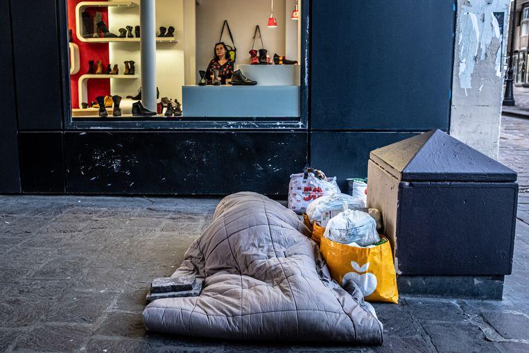 In de Franse hoofdstad werden dit jaar 3.552 daklozen geteld. Beeld Joris Van Gennip