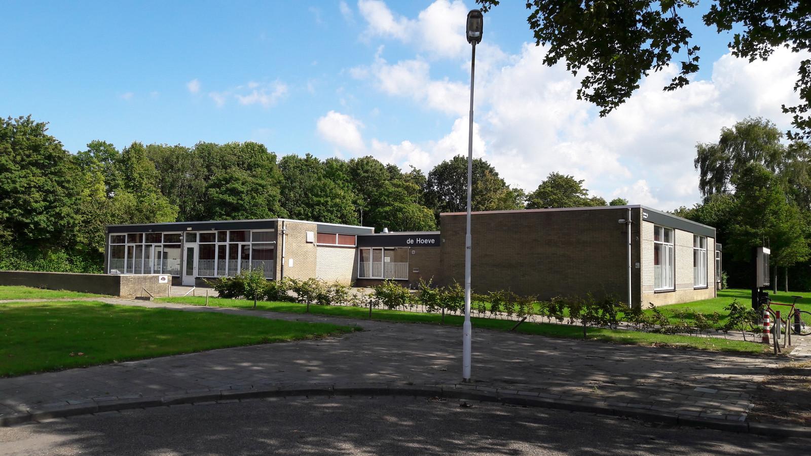 Buurthuis De Hoeve aan de Edvard Grieghof in de Terneuzense wijk Oudelandse Hoeve.
