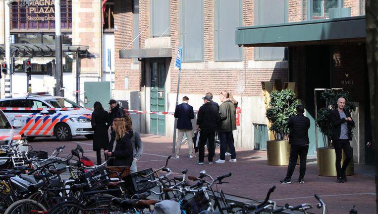 Politie-onderzoek bij club Mad Fox, gelegen onderin Hotel W. Beeld Het Parool