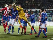 Sterker FC Oss vergeet te winnen bij door blessures geplaagd FC Den Bosch
